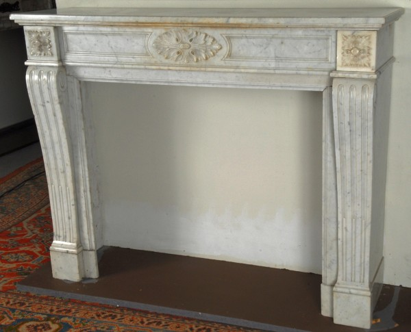 antiker-kamin-marmor-weis_632.jpg