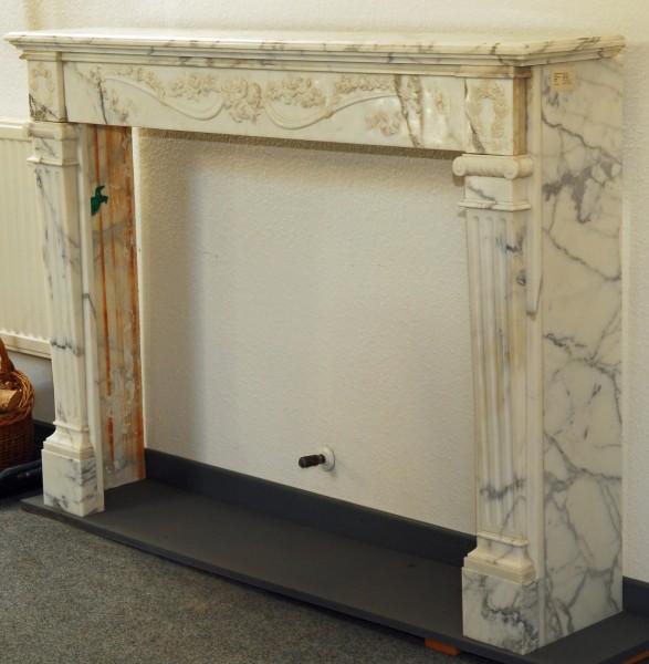 stil: louis XVI,  weiß/grauer  marmorkamin