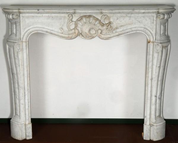 Stil: Louis XVI Farbe: weiß Ausführung: Marmor