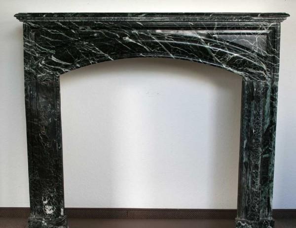 Stil: Louis XIII, Farbe: schwarz-jade,  Ausführung: Marmor