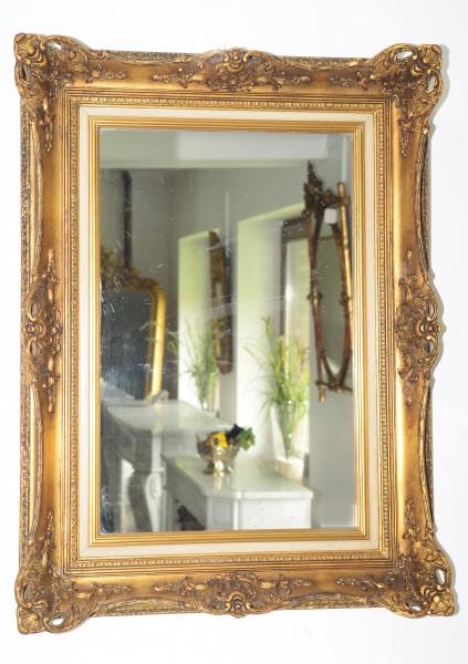 reich gearbeiteter spiegel aus dem 19. jahrhundert