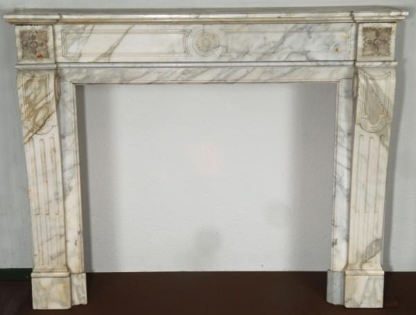Stil: Pompadour, Farbe: weiß, Ausführung: Marmor