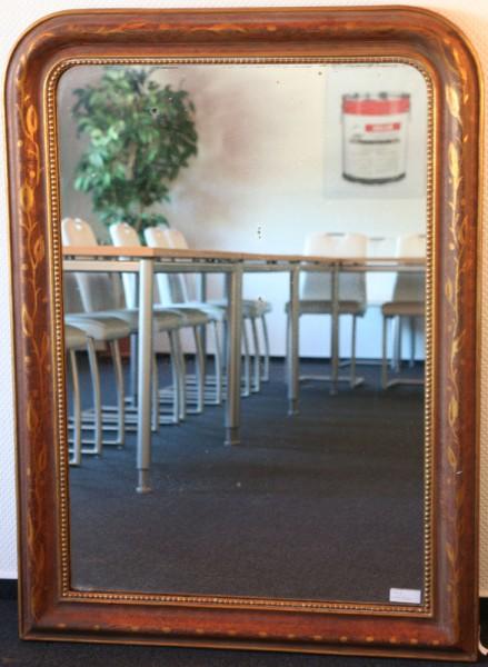 schlichter, goldener spiegel aus dem 18.-19. jahrhundert