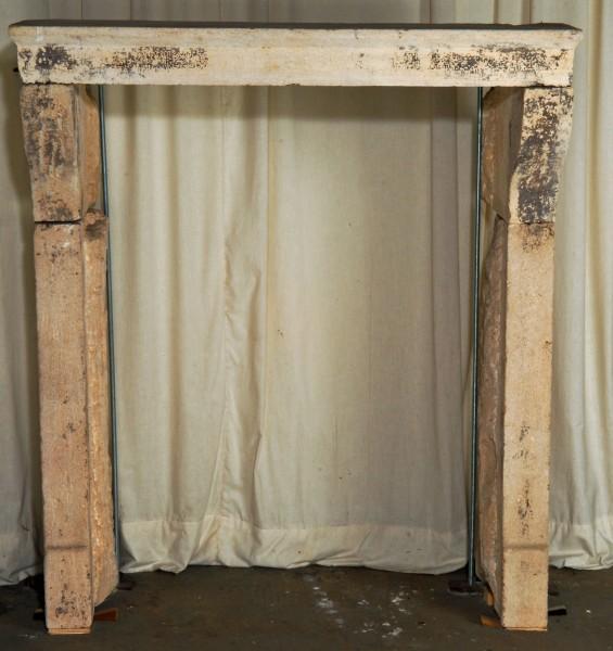 Stil: Louis XIII,  Ausführung: Sandstein