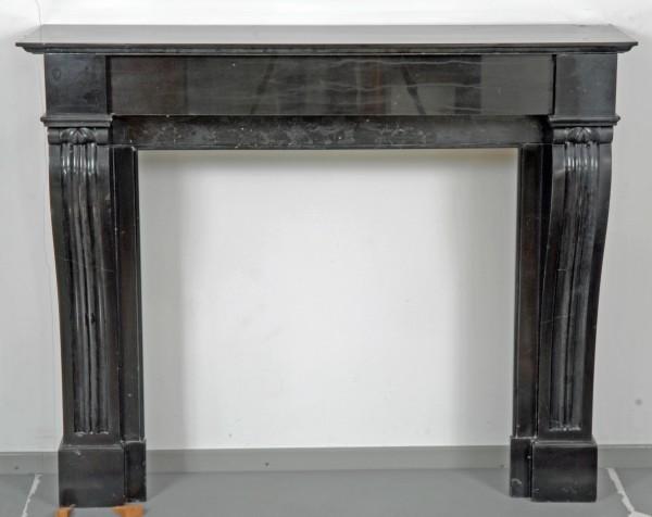stil: louis XVI schwarzer marmorkamin