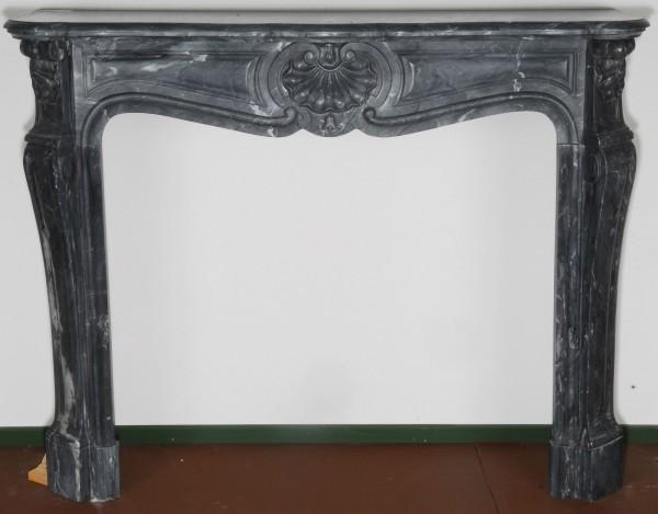 Marmorkamin grau; Stil: Louis XV