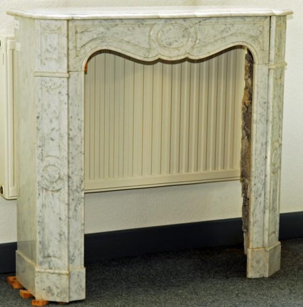 weißer carrara marmorkamin