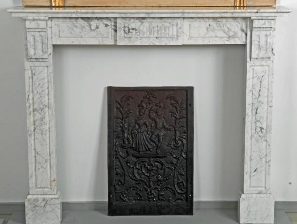 Stil: Louis XVI,  Farbe: carrara-weiß,  Ausführung: Marmor