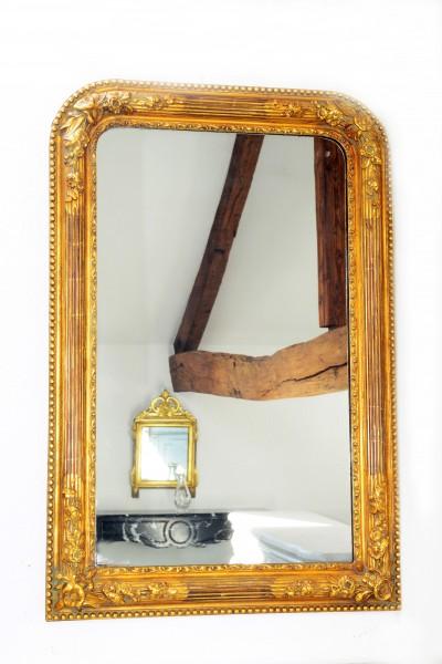 schöner goldener spiegel aus dem 19. jahrhundert